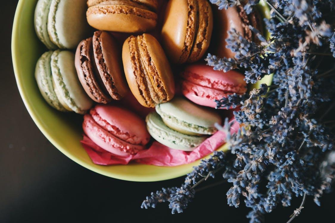 甘いものを食べ過ぎてしまう人のオススメ対処法