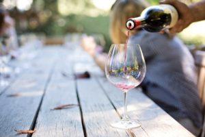 ダイエット中に避けたいアルコール