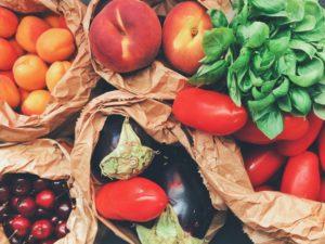 乾燥肌を改善する食事の選び方
